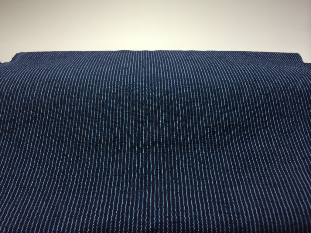 H26.6.25紺青1羽縞