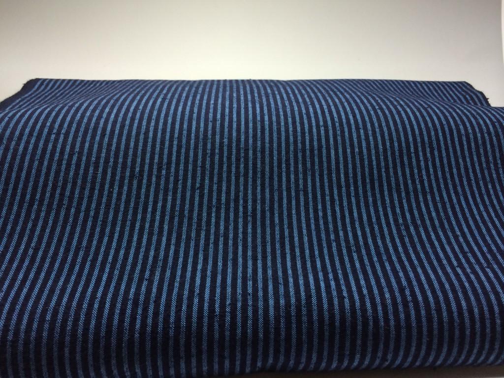 H26.6.25紺青2羽縞